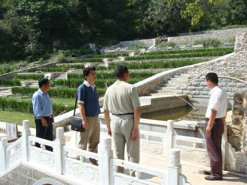 市局领导到园区视察铁军纪念园建设情况0
